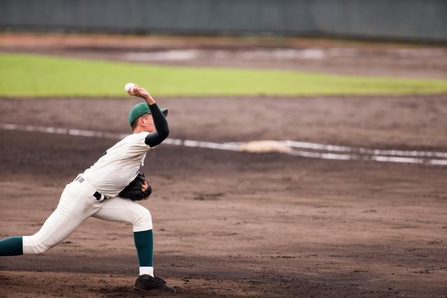 野球肘の写真